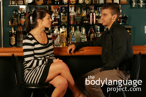 How To Read Body Language Of Women - How To Read Over 50
